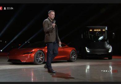 速報!0-96km/h1.9秒!テスラが新型ロードスターをサプライズ発表