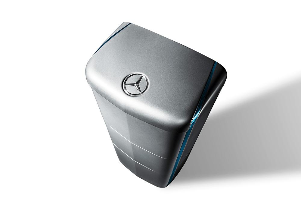 Aus dem Auto ans Netz: Mercedes-Benz Energiespeicher eignen sich